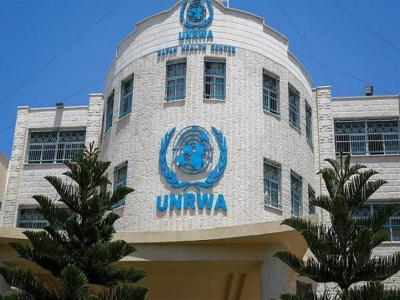«أشد» يحذر الأونروا من إعادة مخطط دمج المدارس