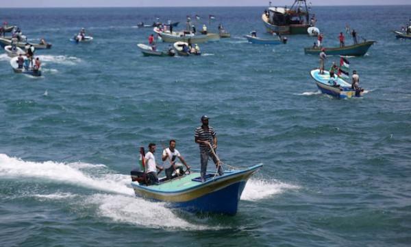 صيادو غزة المُبعدون عن أسماك بحرهم وخيراته