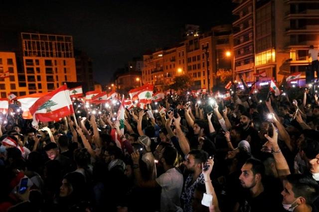 الحراك الشعبي مستمر في لبنان وإضراب عام الإثنين