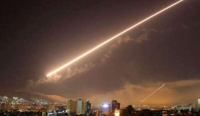 الاحتلال يقصف اهدافاً في دمشق