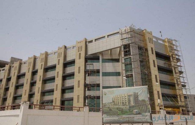 وزير الصحة: شارفنا على الانتهاء من بناء مستشفى دورا الحكومي
