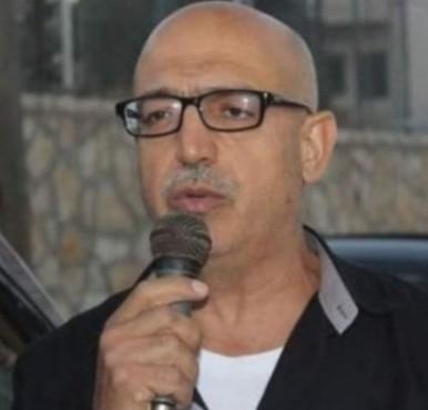 الأسير أبو عكر يعلق إضرابه