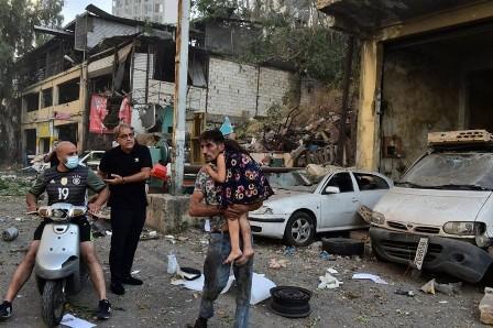 «الديمقراطية» تدعو المخيمات الى الالتزام بالحداد والتبرع بالدم لجرحى الانفجار