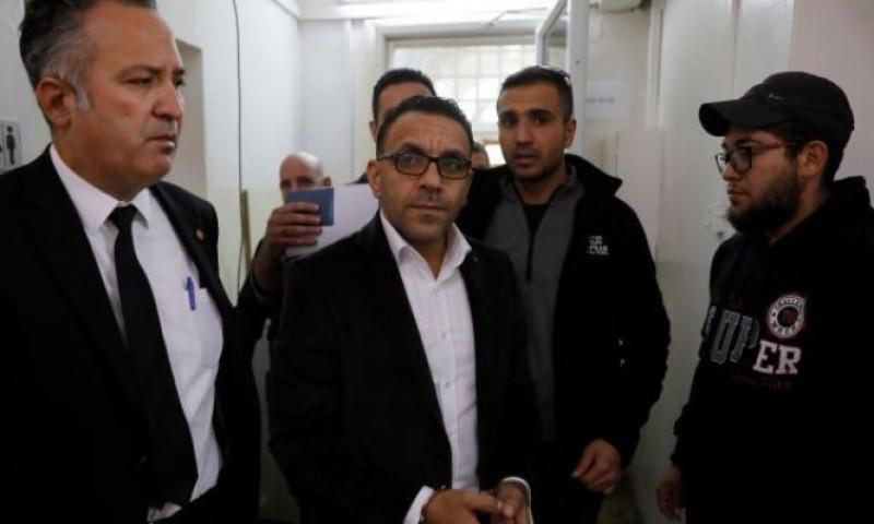الاحتلال يفرج عن محافظ القدس ومدير المخابرات بشروط