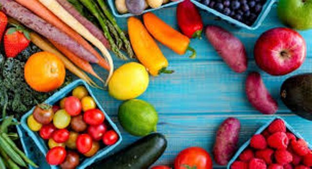 الصحة : احذروا المواد الغذائية المعروضة تحت الشمس