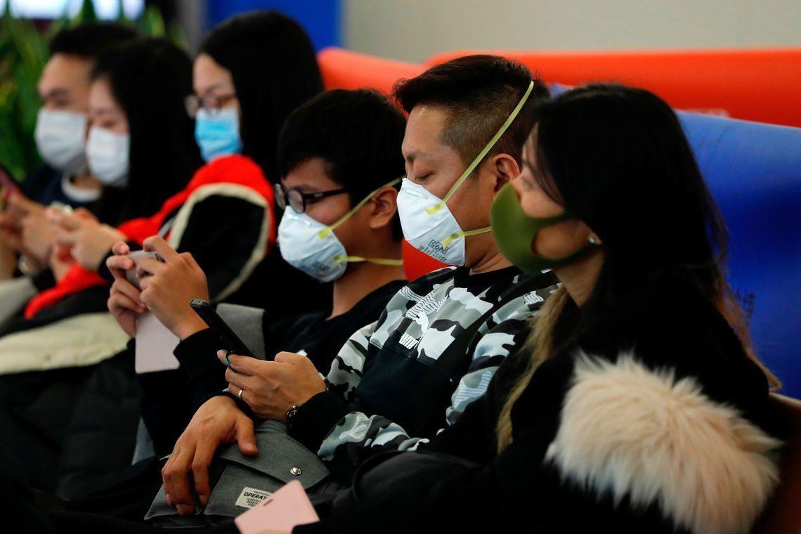 هل سيختفي فيروس كورونا بالصيف؟.. دراسة تجيب