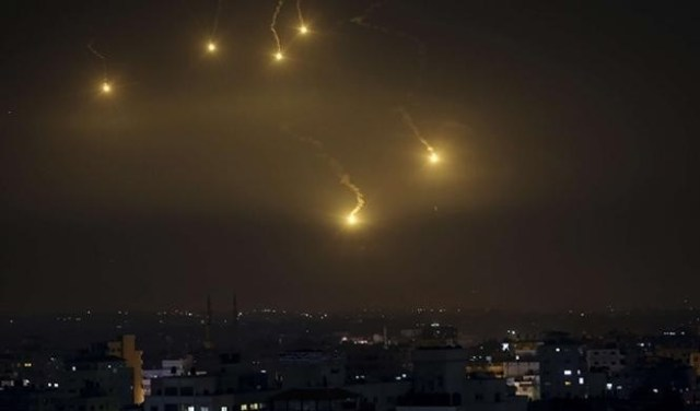 مصادر : طائرات مجهولة استهدفت الحدود السورية العراقية