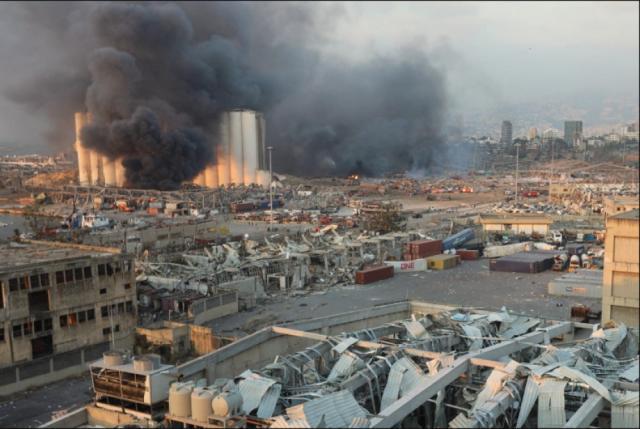 اللاجئون الفلسطينيون شركاء في الكارثة اللبنانية