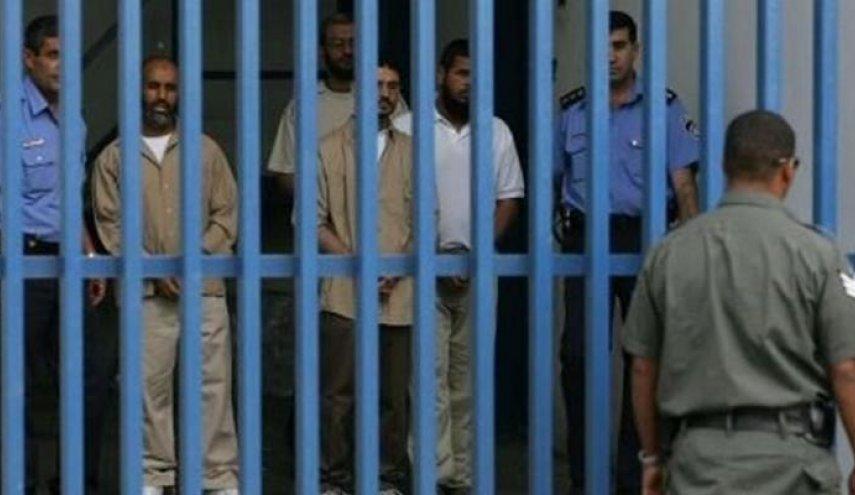 الإفراج عن 120 موقوفًا من الغارمين على ذمم مالية في سجون غزة