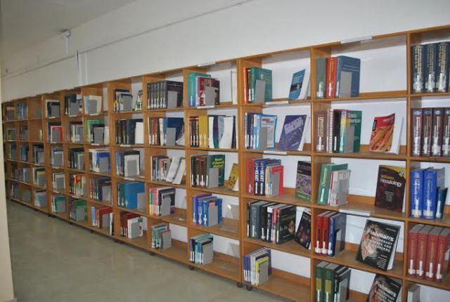 غزة.. البلدية تفتتح قسم الأطفال في المكتبة العامة بحلته الجديدة