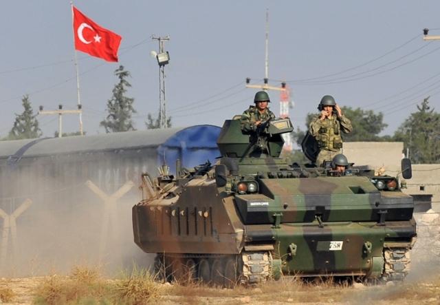 اشتباكات مسلحة بين الجيشين التركي والسوري قرب رأس العين