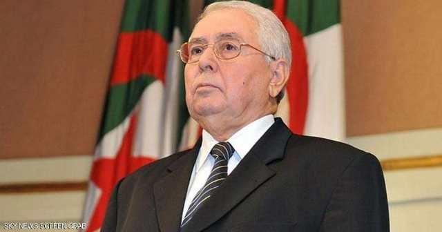 الجزائر : الرئيس المؤقت يجري تغييرات في مناصب هامة بالجيش