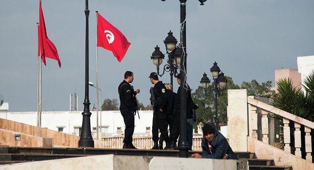 تمديد حالة الطوارئ في تونس حتى فبراير