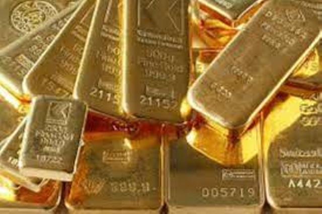 تباطؤ النمو العالمي يرفع الذهب