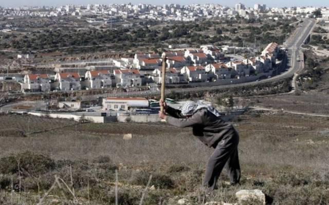 مخططات الاستيطان تستعر بالأراضي الفلسطينية