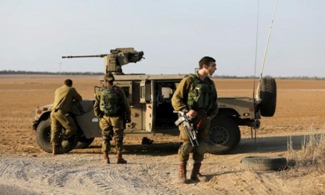 الاحتلال يتوغل شمال القطاع ويغلق «كرم أبو سالم» بحجة الأعياد