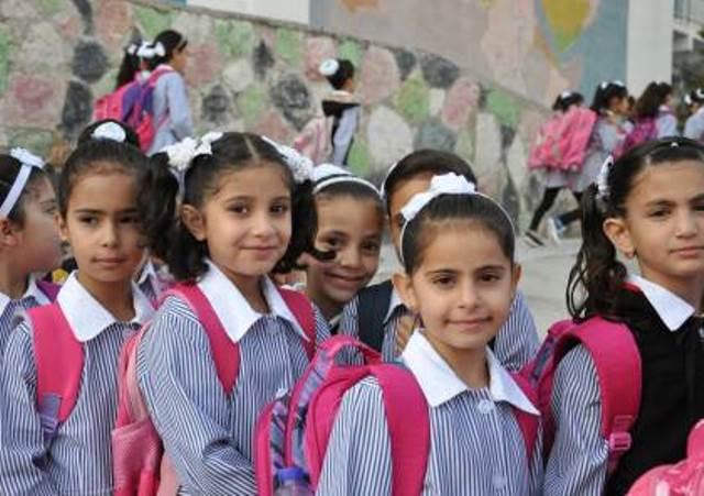 أكثر من مليون طالب وطالبة فلسطيني يتوجهون لمدارسهم