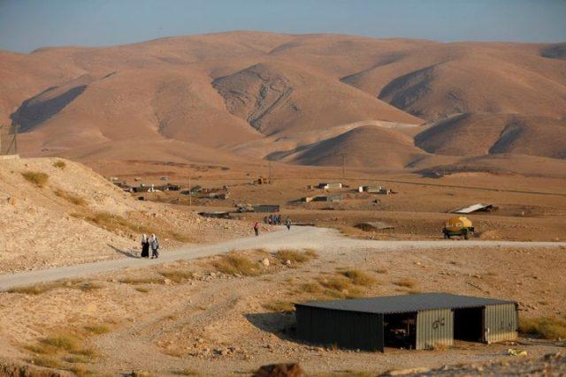 الاحتلال يعد خططه الرامية لبسط سيادته على الأغوار والمستوطنات