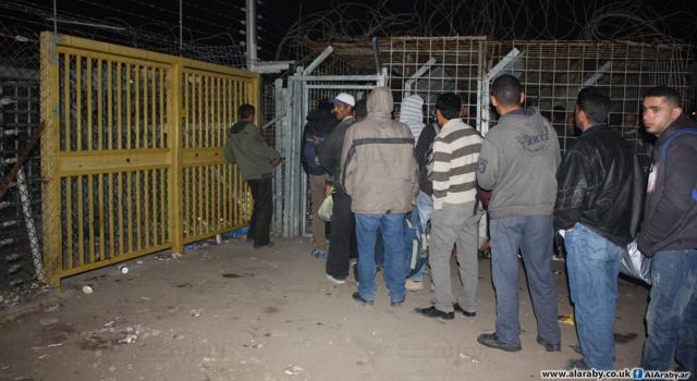 سماسرة تصاريح العمال الفلسطينيين يخاطرون بحياتهم للعمل في إسرائيل