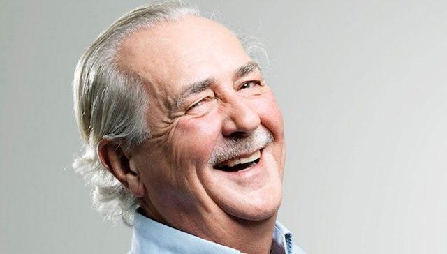 الضحك 30 دقيقة في اليوم يساعد في إطالة العمر