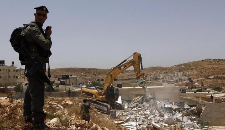 هدم وصادرة 43 مبنًىاً فلسطينيًا بأسبوعين