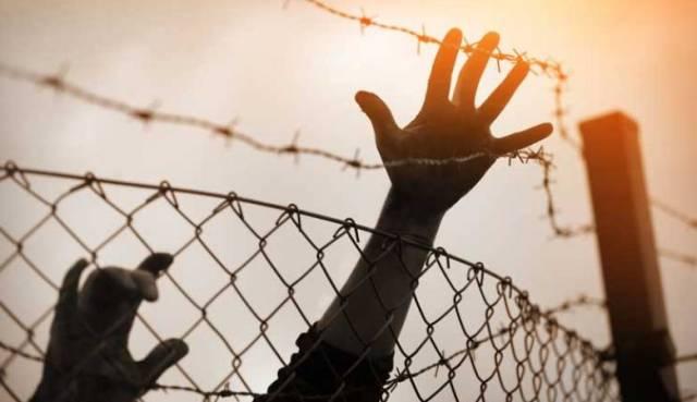 جنين : اعتصام  تضامني مع الأسرى المضربين عن الطعام