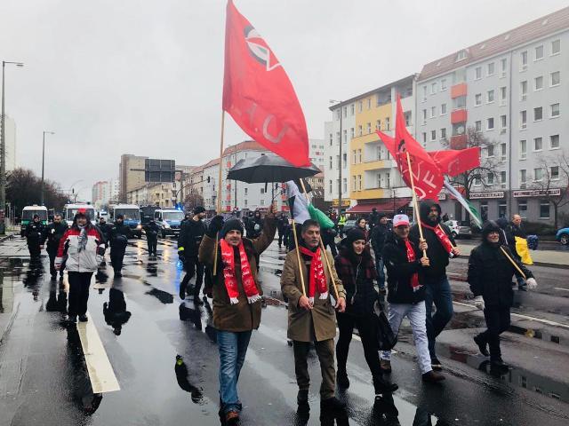 «الديمقراطية» تشارك في مسيرة لحزب اليسار الألماني في برلين