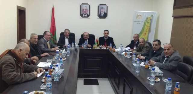 الديمقراطية تشارك في اجتماع فصائل المنظمة مع وفد الأمانة العامة لاتحاد المعلمين الفلسطينيين