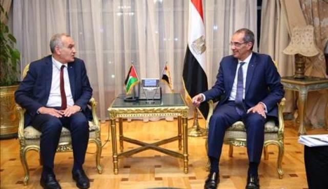 فلسطين تقدم ورقة فنية إلى مصر للسماح بتجوال الهواتف الخلوية