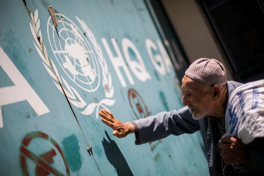 «الديمقراطية» تحذر من تساهل مخيماتنا في مواجهة جائحة كورونا