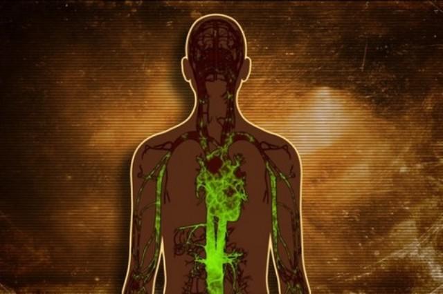 أعراض تخبرك أن جسدك مليء بالسموم
