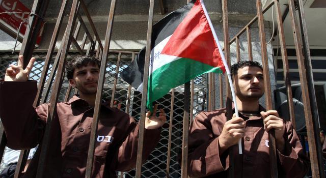 أكثر من (200) ألف حالة اعتقال و(42) معتقلا استشهدوا خلال انتفاضة 1987