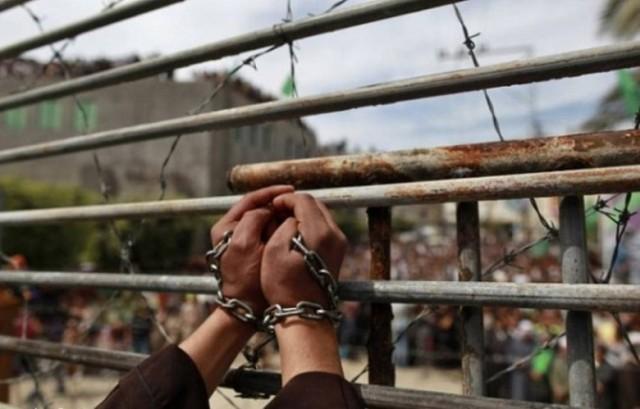 أسرى الجبهة الشعبية ينضمون للإضراب المفتوح الاثنين