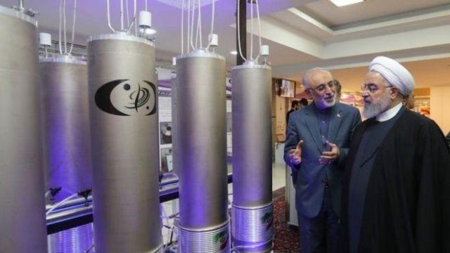 تحدي إيراني للعقوبات الأميركية بميزانية مدعومة بقرض روسي