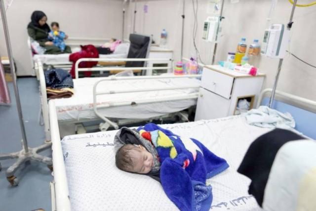 بغزة : كارثة تتهدد الأطفال المرضى لنفاد الحليب العلاجي