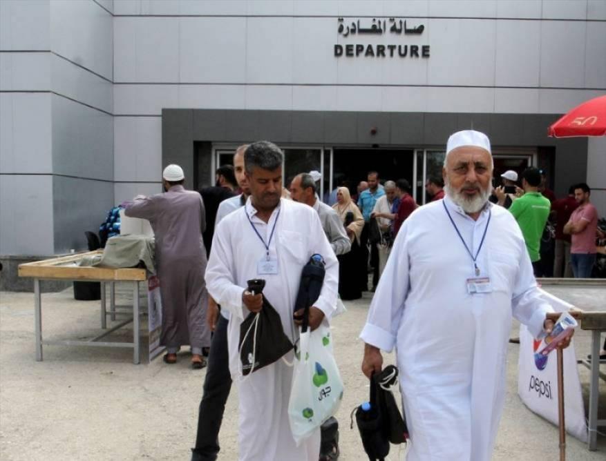 السعودية: خطة لإعادة السماح بأداء العمرة تدريجياً وفق المستجدات