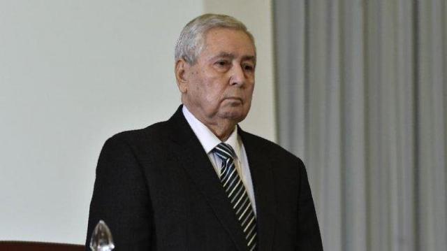 تعيين رئيس مجلس الأمة الجزائري رئيساً مؤقتاً للبلاد