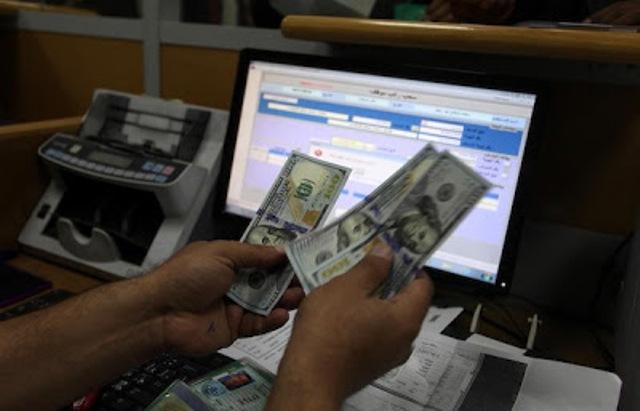 التحضير لصرف 100$  لـ 100 ألف أسرة فقيرة بغزة