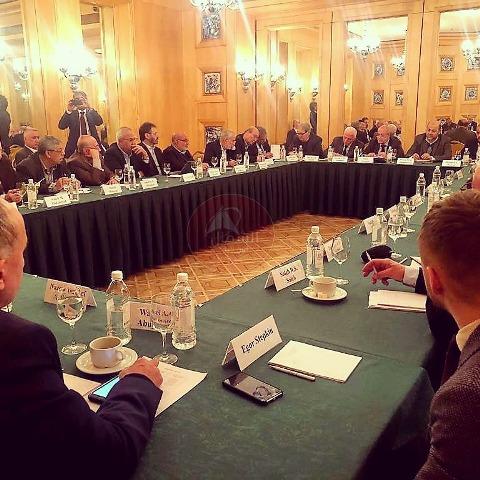وقائع الحوار.. والمخاض العسير الذي أجهض «إعلان موسكو»