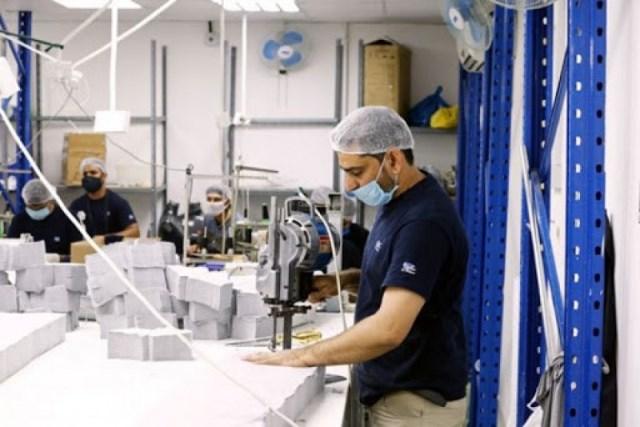 غزة: مشروع لتوفير 500 فرصة عمل مؤقتة في القطاع الصناعي