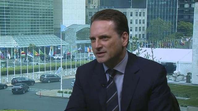 كرينبول يقدم استقالته للأمين العام للأمم المتحدة
