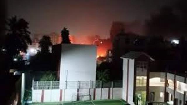 مصرع 17 مصرياً بانفجار مركبة قرب معهد الأورام