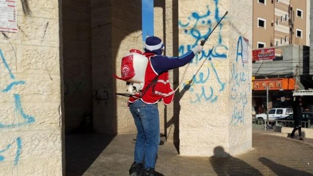 غزة .. اكتشاف مصابَي كورونا على المعبر لا يشكِّل خطرًا