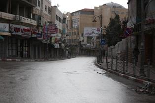 الطباع يوجه رسائل لكافة الأطراف لضرورة التحرك لإنقاذ غزة من الكارثة