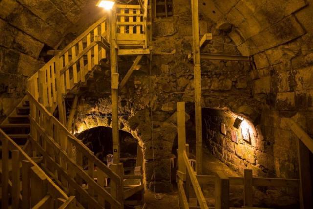 الهيئة الاسلامية المسيحية : 104 حفرية إسرائيلية أسفل القدس منذ 1967