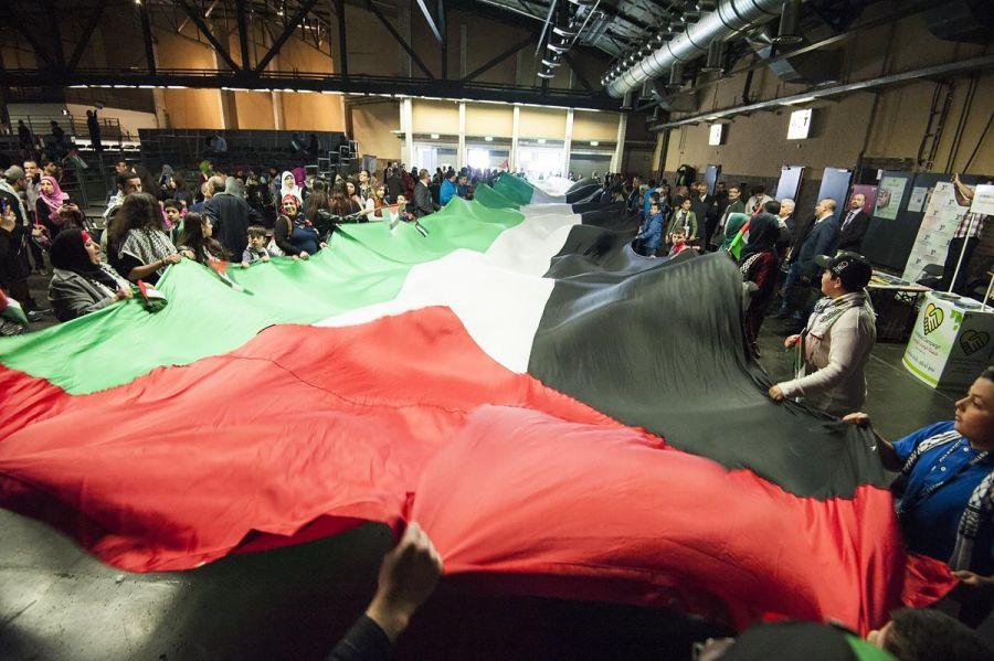 بريطانيا : الجالية الفلسطينية  تطلق مبادرة للم الشمل الفلسطيني