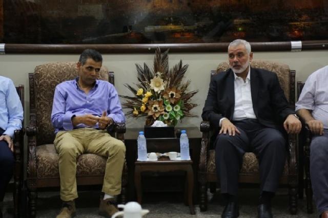 وفد اقتصادي يغادر غزة إلى القاهرة لتطوير العلاقات التجارية