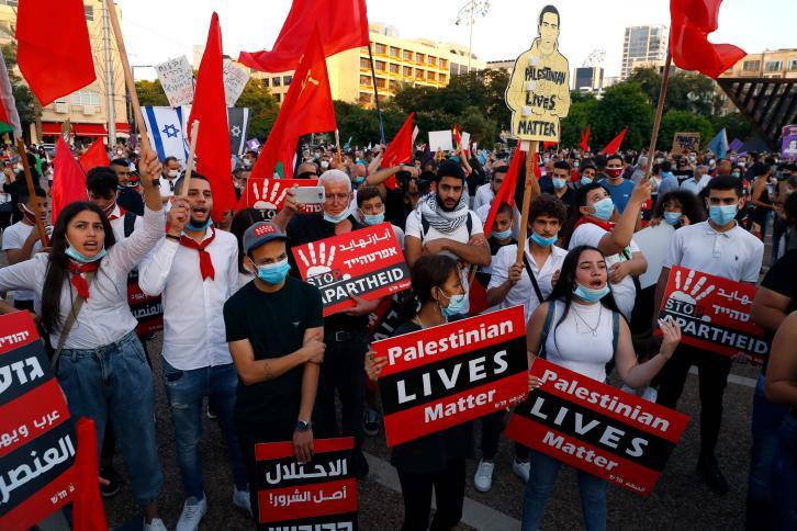 لماذا كانت تظاهرة تل أبيب أضخم من تظاهرة رام الله؟!