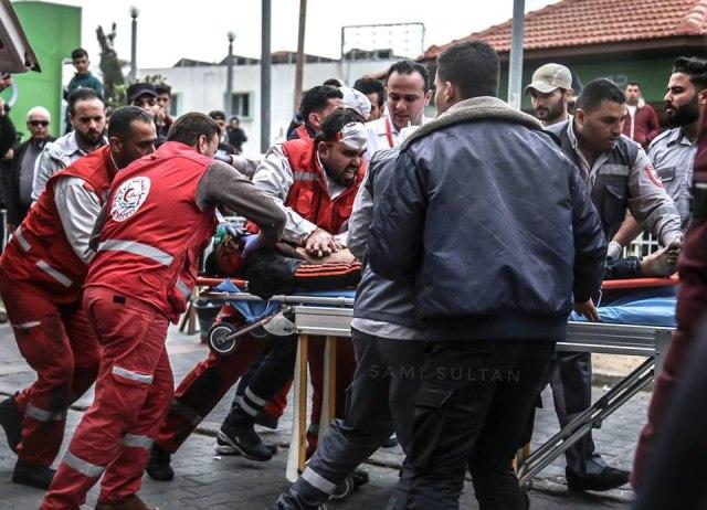 الميزان : الاحتلال يمعن باستخدام القوة المميتة بحق متظاهري غزة