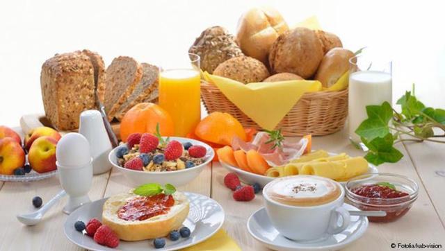 وجبة فطور ملكية.. ما عناصرها الأربعة الصحية؟